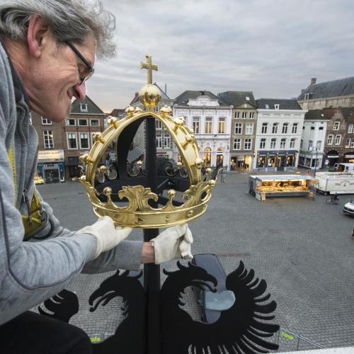 Gouden kroon puthuis 3730